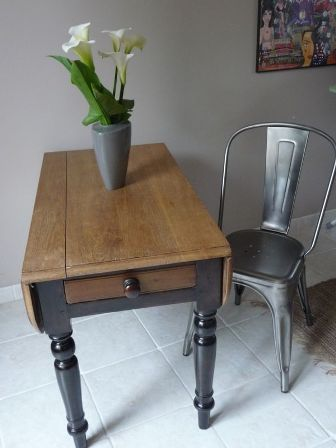 s lection de meubles et rangements pour les petits espaces. Black Bedroom Furniture Sets. Home Design Ideas