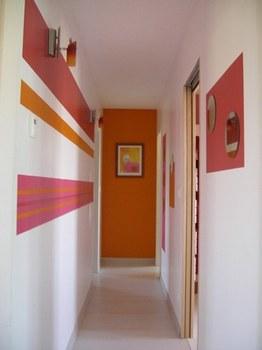 Astuces et conseils pour la d coration de votre couloir - Decorer un couloir etroit ...